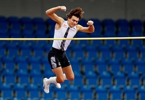 Armand Duplantis toukokuussa Ostravassa.