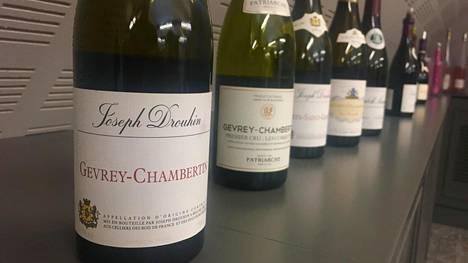 Alko listasi poikkeuksellisen monta uutuutta Burgundista – sekä valkoisia että punaisia. Osa viineistä on ollut ennenkin myynnissä, mutta vuosikerta on vaihtunut.
