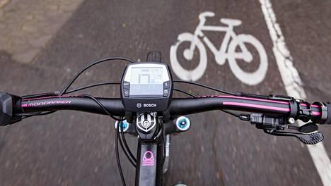 Suuret nopeudet eivät kuulu pyöräteille, Pyöräliitto muistuttaa.