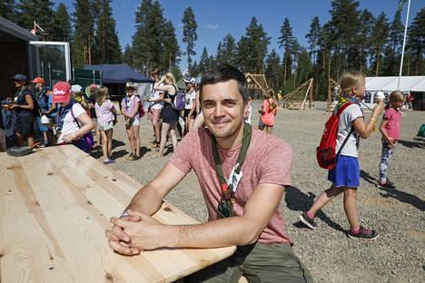 Leirin johtaja Ville Miettinen on tehnyt leiriä sivutyönään melkein kaksi vuotta.