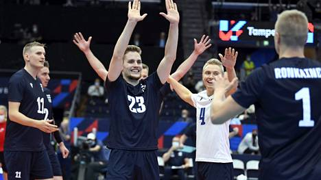 Suomi jatkoi EM-urakkaansa Venäjää vastaan.