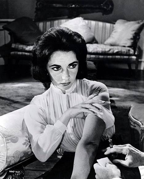 Elizabeth Taylor oli yksi Pietilän suosikkivierailijoista. Kuvassa Taylor vuonna 1959.