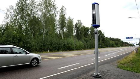 Rekisterikilpi johtaa jäljille, mutta tunnistamiseen tarvitaan myös kuva, josta kuljettaja voidaan tarvittaessa tunnistaa.