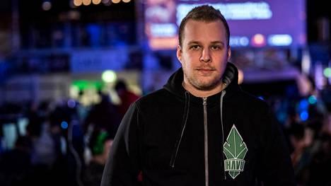 Taneli uskoo, että vuonna 2019 suomalaisjoukkue kilpailee Major-turnauksessa.