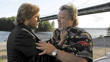 Samuli Edelmann ja Vesa-Matti Loiri näyttelevät yhdessä Tie pohjoiseen -elokuvassa.