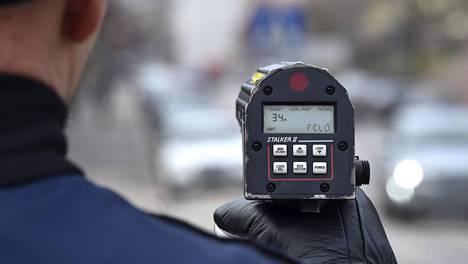 Suurin osa törkeistä liikenneturvallisuuden vaarantamisista on ylinopeuksia.
