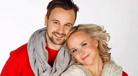 Mikko ja Sara Parikka saivat maaliskuussa esikoislapsensa.