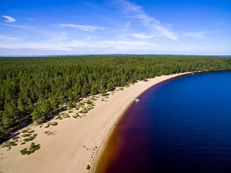 Ärjänsaaren hiekkarantaa ei ole vielä moni löytänyt.