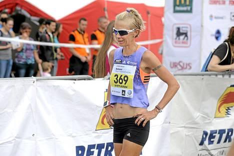 Anne-Mari Hyryläinen otti voiton Bukarestin puolimaratonilla viime keväänä.