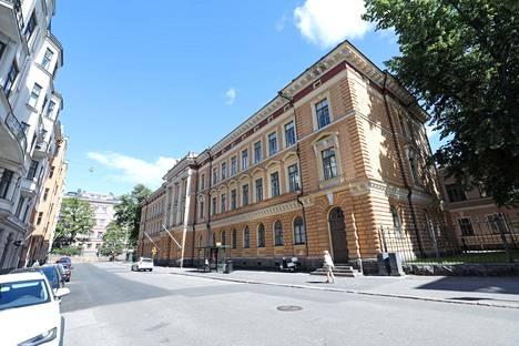 Kortteli sijaitsee lähellä Senaatintoria.