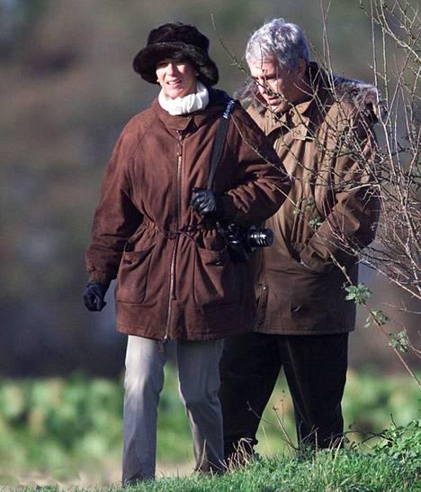 Ghislaine Maxwell ja Jeffrey Epstein olivat prinssi Andew'n vieraina Sandringhamissa vuonna 2000.