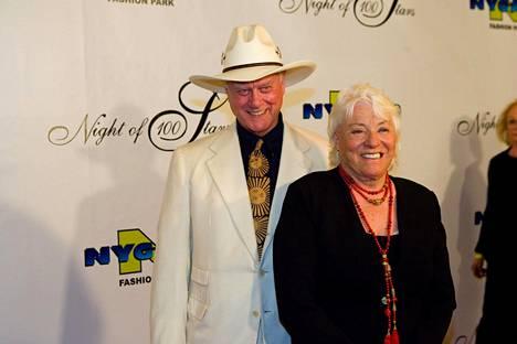 Larry Hagman ja hänen vaimonsa Maj Axelsson.