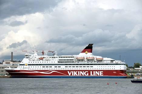 Helsinkiläinen Lasse Siltala, 22, katosi lokakuussa 2002 Viking Linen Gabriella-aluksella. Hänen katoamisensa huomattiin vasta seuraavana päivänä.