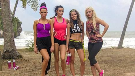 Tähtöset: Alisa, Suvi, Amanda ja Tia.