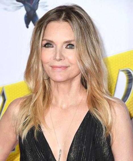 Michelle Pfeiffer nyt, 60-vuotiaana.