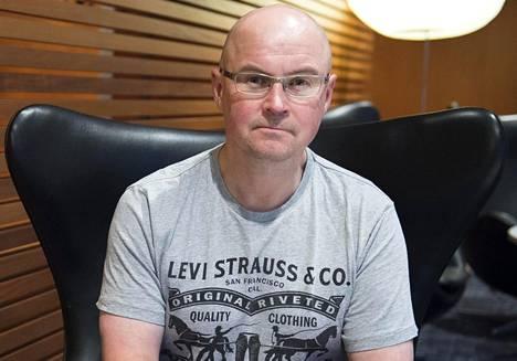 Ilta-Sanomien ja Telian jääkiekkoasiantuntija Ismo Lehkonen hämmästelee Kaapo Kakon kypsää pelaamista.