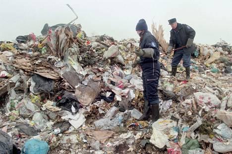 Poliisi etsi ruumiinosia Kiertokapulan kaatopaikalta viikkojen ajan.