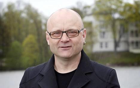 Tapio Suominen on erittäin kokenut selostaja.