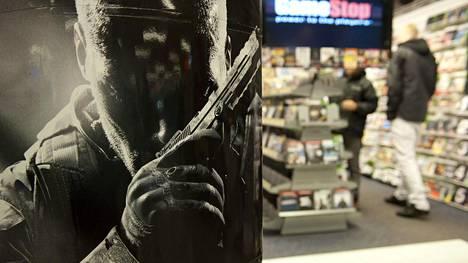 Gamestopin lopettaminen luo varjon pelien kivijalkakaupan jatkuvuuden ylle. Nykyiset kauppiaat vakuuttavat myynnin jatkuvan.