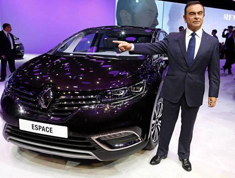 Renault'n uuden sukupolven Espace on iso ja futuristinen tila-auto. Suomessa varmuudella harvinaiseksi jäävä kuljetin on lyhyesti sanottuna valoisa ja ylellisen ilmava.