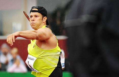Suomessa vuosikaudet ylivoimaisesti suurimpia starttirahoja kuitannut Tero Pitkämäki voitti elokuussa 2007 Kuortaneen Eliittikisat, kolme viikkoa ennen MM-kultamitaliaan.