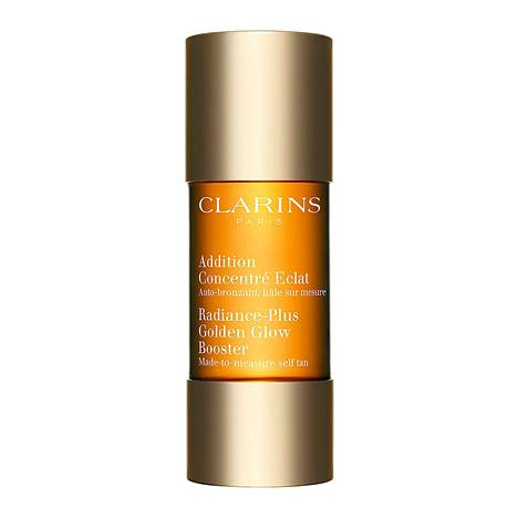 Clarins Radiance-Plus Golden Glow Booster -tipat ovat voittaneet maailmalla useampia palkintoja. Tipat sisältävät kosteuttavaa ja rauhoittavaa aloe veraa, 34,90 € / 15 ml.