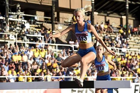 Camilla Richardsson hoiti jo bravuurimatkansa 3000 metrin esteet kunnialla lauantaina.