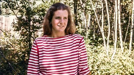 Linda Bishop löydetään autiotalosta kuolleena, päiväkirja vieressään.