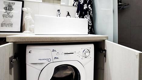 Tiedätkö, miten eri pesuohjelmat eroavat toisistaan? Asiantuntija kertoo, milloin kannattaa valita peruspesuohjelma tai vaikkapa hienopesuohjelma.