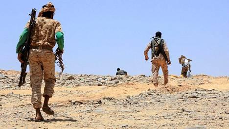 Saudi-Arabian tukeman liittouman sotilaita Maribin lähistöllä.