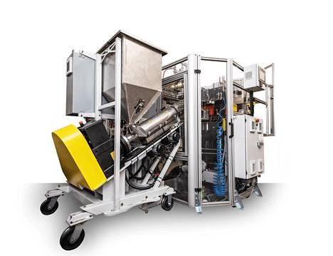 Kanadalaisen Viryl Technologiesin valmistama vinyyliprässi puristaa levyn nopeimmillaan 24 sekunnissa.
