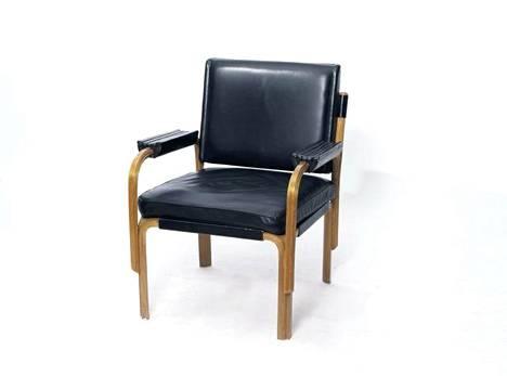 80000 euroa on korkein Alvar Aallon huonekalusta ikinä maksettu hinta.