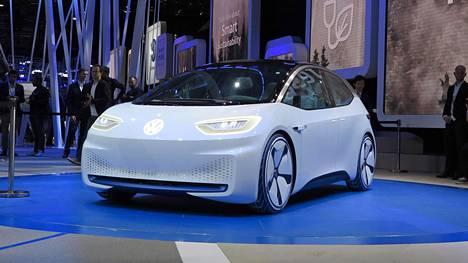 Volkswagen I.D. keräsi katseita Pariisin viimekertaisessa näyttelyssä syksyllä 2016.