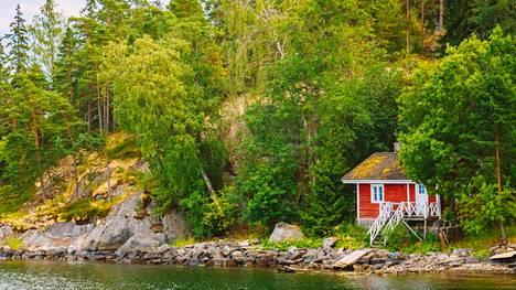 Kesämökin muuttaminen vakituiseksi asunnoksi riippuu ennen kaikkea siitä, millaisella kaava-alueella mökki sijaitsee.