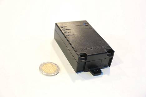 Testatut mustat laatikot ovat pieniä, ja ne on pystynyt asentamaan itse.
