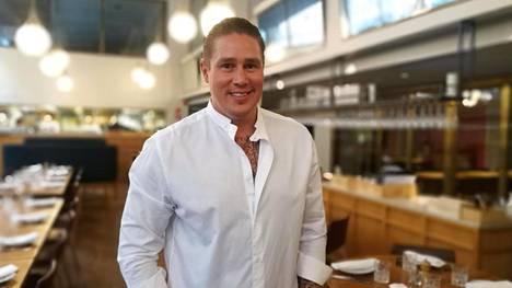 Ruokamatkoillaan Tomi Björck tutustui erilaisiin keittiöihin. - Se oli tutkimusmatka, hän sanoo. Reissut eivät olleet ainoastaan tv-ohjelmaa varten, vaan hän ammentaa niistä ideoita ravintoloidensa tarjontaan.