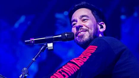 Linkin Parkin perustajajäsen Mike Shinoda ottaa kantaa Blind Channelin euroviisuvetoon somevideossa.