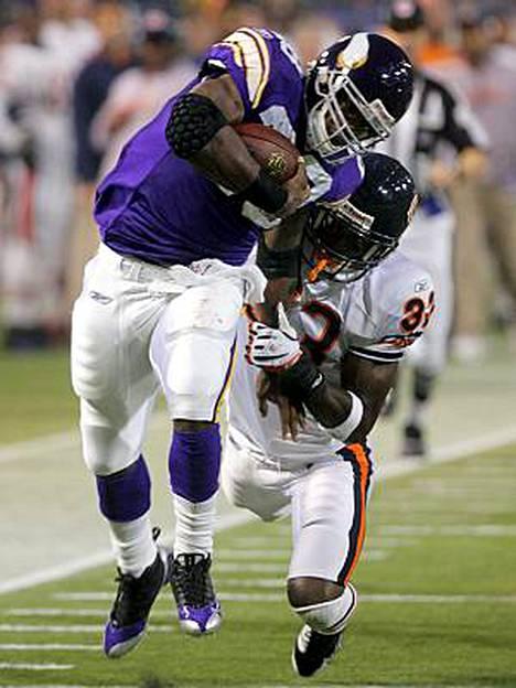 NFL:ssä ei peiteaineiden käyttö pilaa pelaajan uraa. Kuva Minnesotan ja Chicagon ottelusta viikonlopulta.