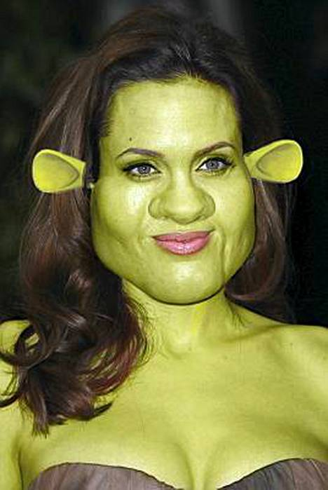 Tältä näyttäisi Angelina Jolie.