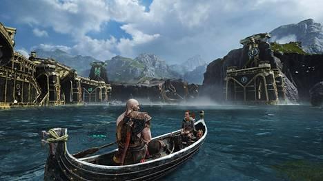 Yhdeksän maailmaa yhdistävä järvi on täynnä tutkimista ja pelin hermokeskus.