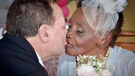 Jaco ja Valda kihlautuivat tammikuun lopussa.