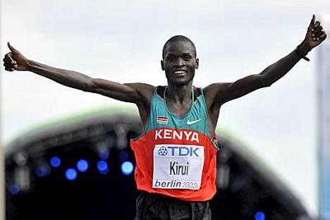 Abel kirui voitti maratonin maailmanmestaruuden.