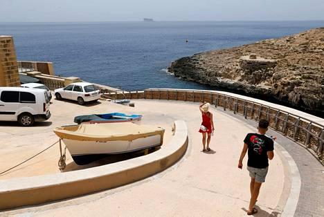 Yli 12-vuotiaiden, rokottamattomien lasten matkustaminen Maltalle on tällä hetkellä hankalaa.