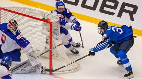 Aatu Räty alle 18-vuotiaiden MM-kisoissa vuonna 2019.