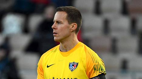 Henrik Moisander solmi ensi kauden kattavan jatkosopimuksen.