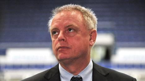 IIHF:n pääsihteeri Horst Lichtner ei taivu. Kuva vuodelta 2014.