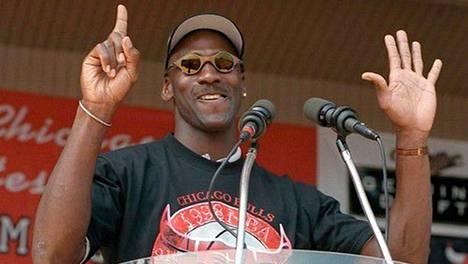 Micahel Jordan voitti uransa kuudennen ja viimeisen mestaruutensa vuonna 1998.