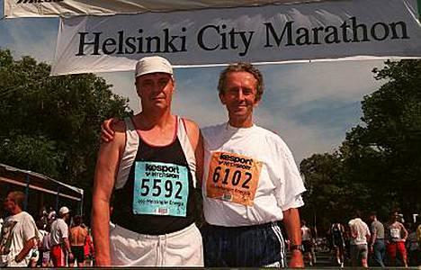 Kalevi Saukkonen ja Horst Preisler Helsingin maratonilla vuonna 1998.