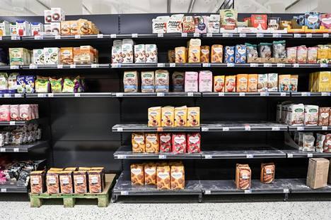 Leipomistrendi näkyy K-Supermarketin jauhohyllyllä.