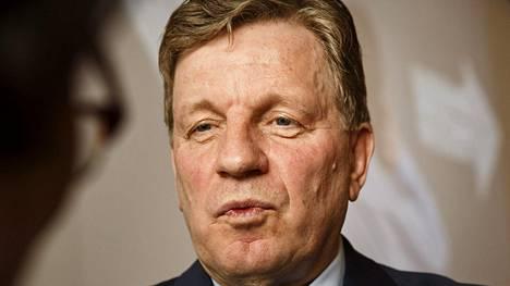 Esko Aho (kesk) toimi Suomen pääministerinä vuosina 1991–95.